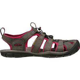 Keen Clearwater CNX Leather Sandals Damen magnet/sangria